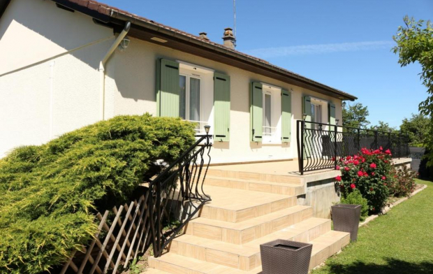 CHEVALIER IMMOBILIER House | ORVAL (18200) | 105 m2 | 128 000 €